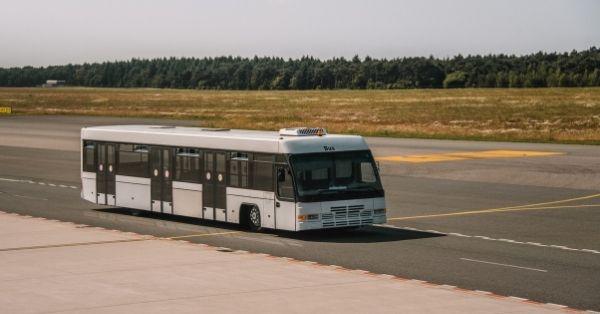 אוטובוס מונגש לנכים.